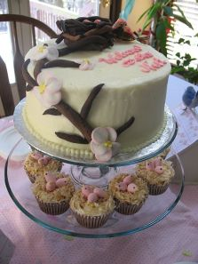 Welcome to the Nest Baby Shower Cake and Cupcakes