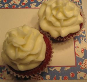 Vintage Circus coordinating Cupcakes