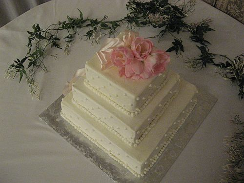 Dynasty Tulip Wedding Cakes 3 tier Square Wedding Cake