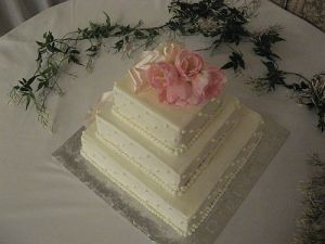 Dynasty Tulip Wedding Cakes