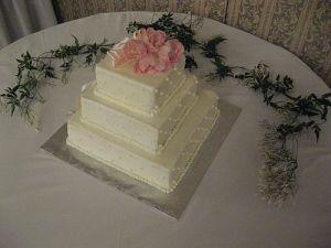 White Wedding Cakes York, PA