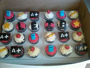 Leib Elementary School Teacher Appreciation Week Cupcakes