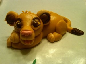 Before the final cake was put together, Simba hand molded out of Marshamallow Fondant!