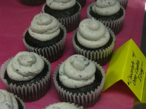 Oreo Cookie Icing on Chocolate Cupcakes