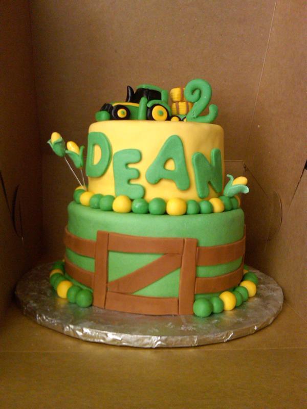 Images Of Tractor Birthday Cake : John Deere Tractor Cake Bear Heart Baking Company Bear ...